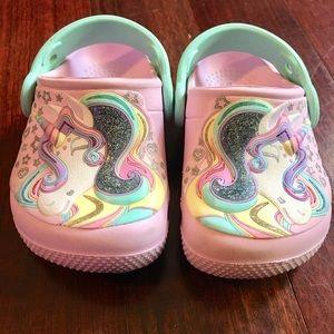 GUC crocs pink unicorn toddler C5